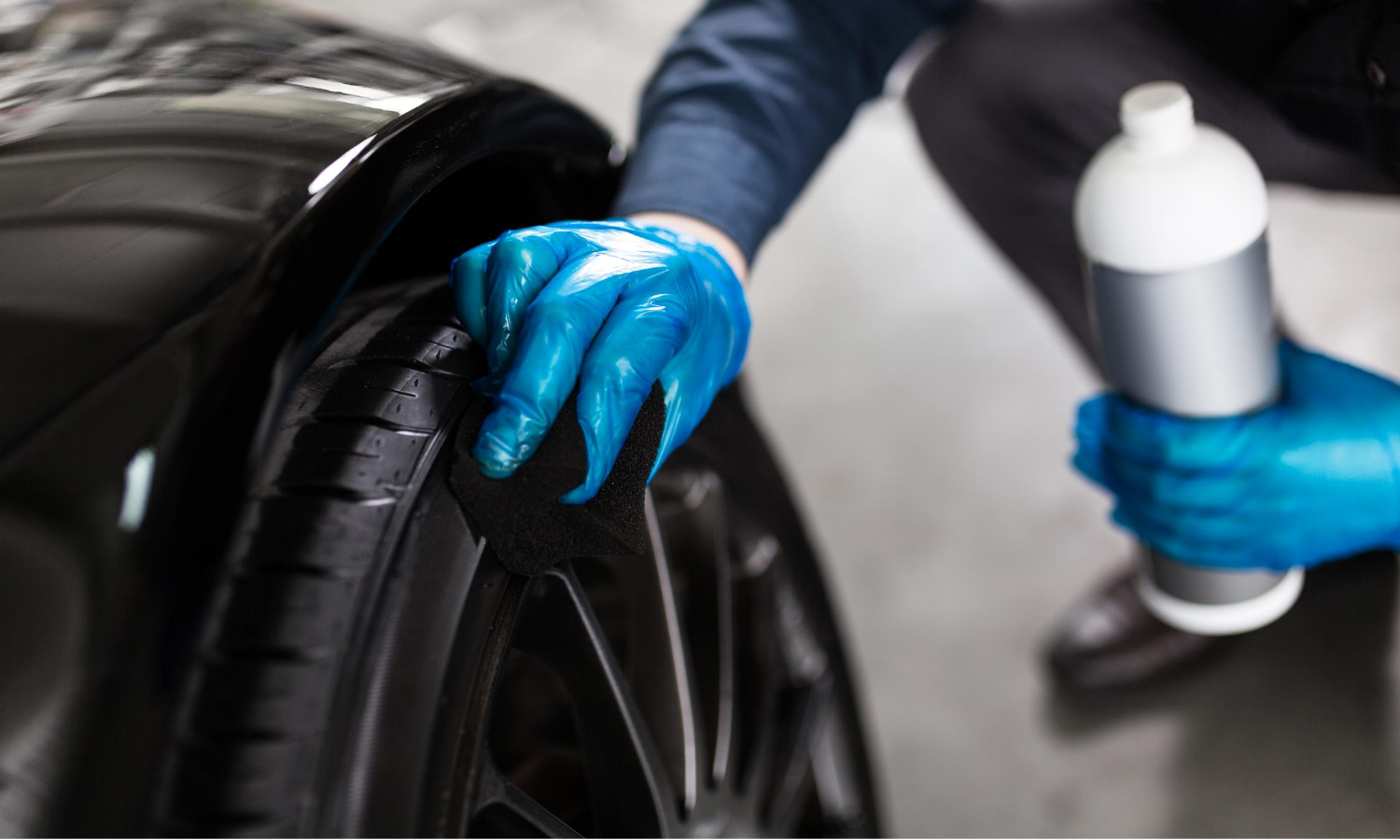 what is the difference between car polish and wax