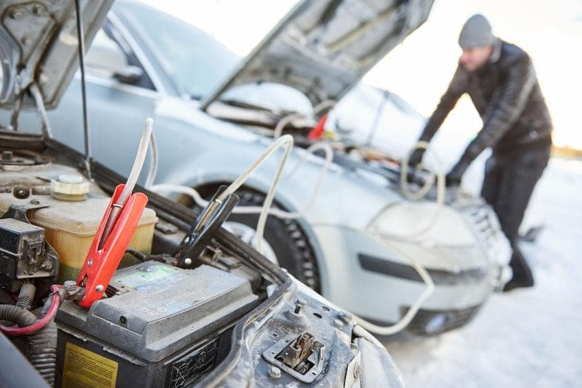 what to keep in your car during winter