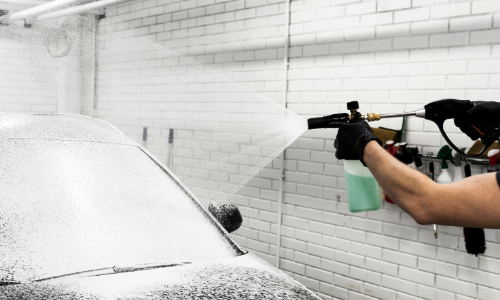How To Wash Your Car in Winter